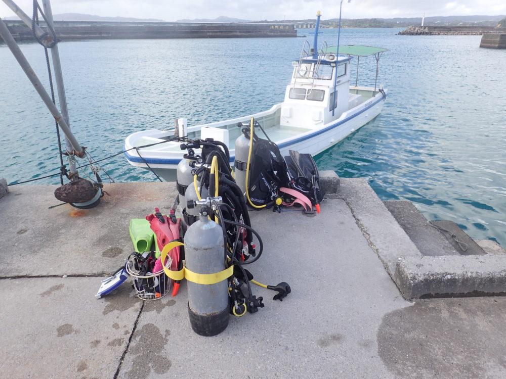 沖縄本島でボートダイビング