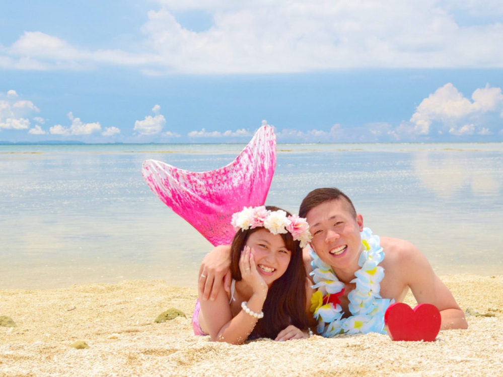 沖縄本島のビーチでマーメイド体験
